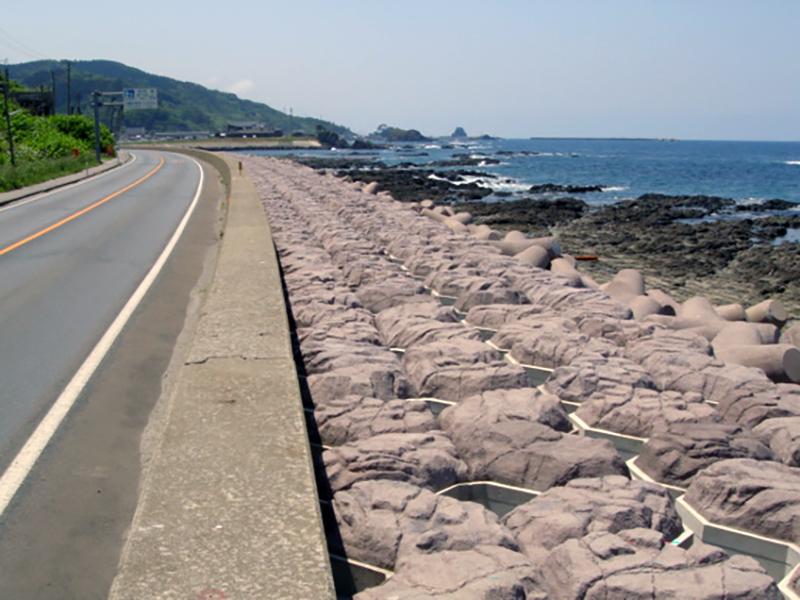 カラーコンクリートのある風景:第2回・海の景観